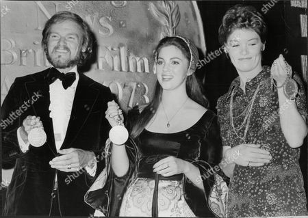 Evening News British Film Awards 1973: (l-r) Keith Michell Lynne Frederick And Glenda Jackson With Their Awards.