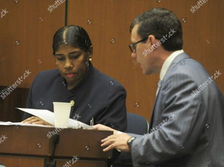 Stock Picture of Cherilyn Lee is questioned by Defence attorney Edward Chernoff