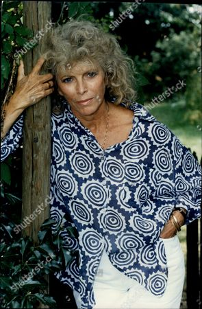 Billie Whitelaw Actress
