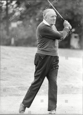 Viscount (william) Whitelaw (dead 7/99) Playing Golf At Moor Park
