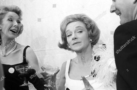 'The Reluctant Debutante' - Georgina Cookson, Joan Greenwood and Leslie Phillips