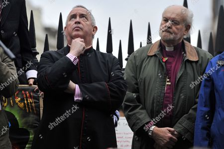 Right Reverend Graeme Knowles the Dean of St Paul's Cathedral and Right Reverend Richard Chartres the Bishop of London