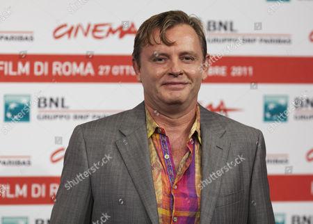 Director Stephan Elliott