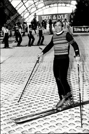 The 5th Daily Mail International Ski Show .austrian Champion Karl Schranz Demonstrates His Skills At The Show