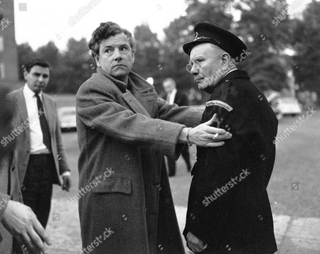 Unknown, Kenneth More and Billy Russell