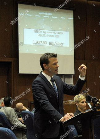 Deputy District Attorney David Walgren with slide projection of calendar of events showing quantities of propofol