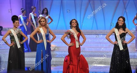 Miss England Alize Mounter (Blue) and Miss Scotland Jennifer Reoch (black Dress) get through to the final 7 at the 2011 Miss World final