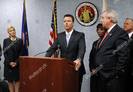 Stock Image of Deputy District Attorneys Deborah Brazil and David Walgren, Chief Deputy District Attorney Jackie Lacey and District Attorney Steve Cooley