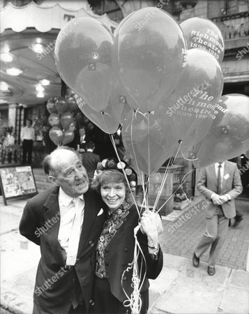 Richmond Theatre Appeal Actor Sir Michael Hordern And Actress Susannah York