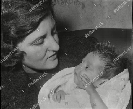 Franca Alberti With Her Baby Mary Alberti Who Survived Being Born Four Months Premature 1960.