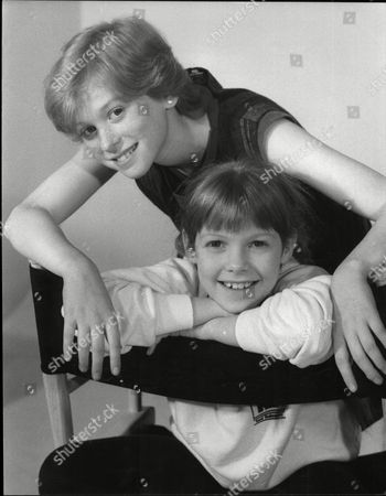 Fay Masterson And Zoe Hart Child Actors 1985.