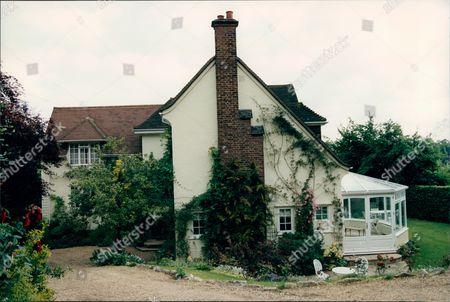 Home Of Actress Tessa Wyatt In Wimbledon