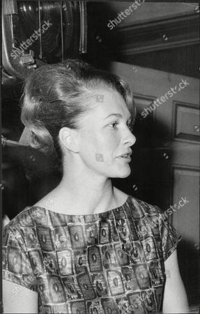 Editorial image of Jennifer Wright Actress 1962.