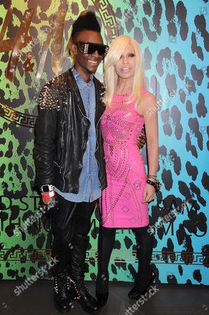 Customer Neco La revolucion-London and Donatella Versace