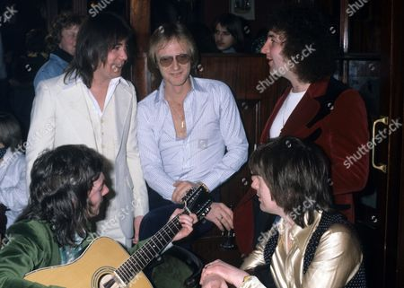 Smokie - Chris Norman, Terry Uttley, Alan Silson, Pete Spencer and producer Mike Chapman in Montreux