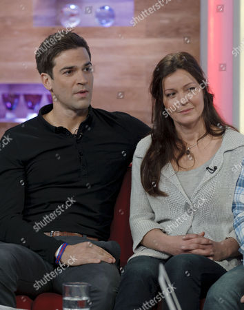 Editorial picture of 'Daybreak' TV Programme, London, Britain - 18 Nov 2011