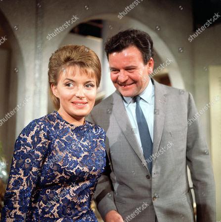 Hannah Gordon and Glyn Owen