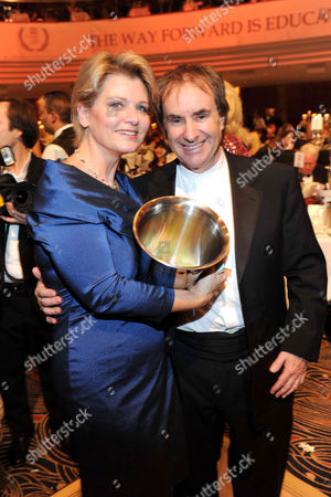 Andrea Spatzek and Chris de Burgh