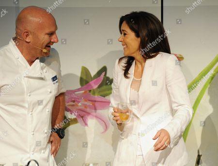 Editorial photo of Prince Frederik and Princess Mary Official Visit to Melbourne, Australia - 23 Nov 2011