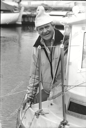 Glyn Owen (dead 09/04) Actor On The Set Of The Television Programme Howards Way