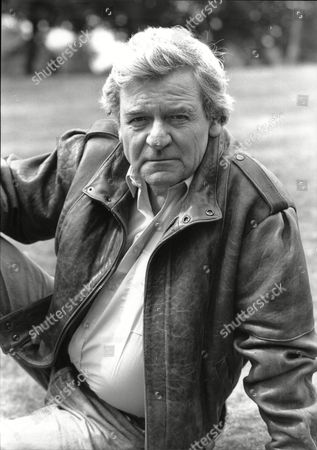 Glyn Owen (dead 09/04) Actor