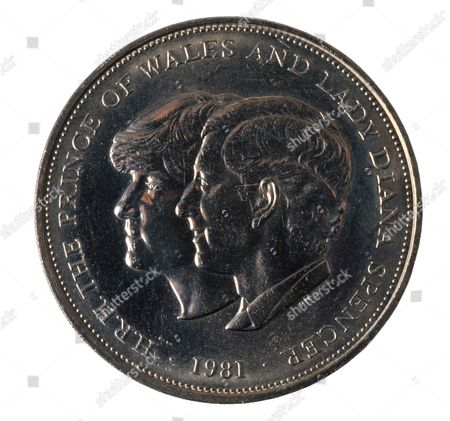 1981 Royal Wedding coin Prince Charles and Lady Diana Spencer