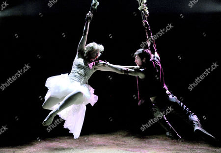 Iris Roberts as Marion and James McArdle as Robin
