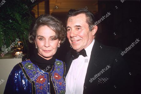 DIRK BOGARDE AND JEAN SIMMONS