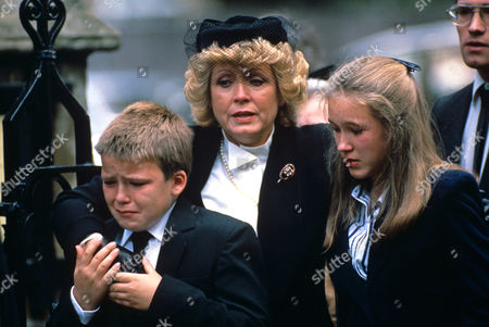 Carmel, Kirsty and Rory Kinnear