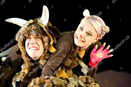 'The Gruffalo' - Josie Cerise as Mouse and Owen Guerin as The Gruffalo