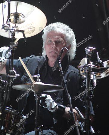 Don Brewer