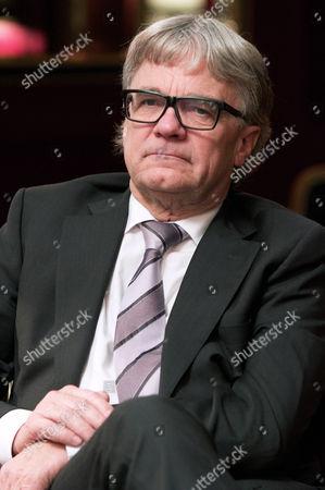Dr Wolfgang Eder