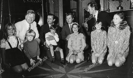 25 Years Of Films For Children L-r Actor Jon Pertwee With Children Dariel Pertwee And Sean Pertwee Actor Graham Stark And Son Christopher Stark Actor Bryan Forbes And Daughter Sarah Forbes Actor Cardew Robinson And Daughters Lynoa Robinson And Julie Robinson