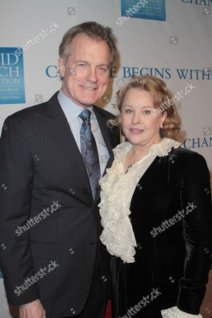 Stephen Collins and Faye Grant