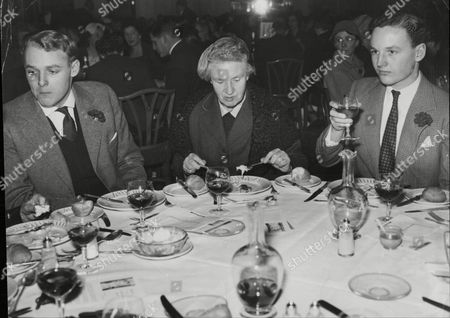 Foyle's Book Lunch L-r Ian Mccorquodale Grandson Of Polly Cartland Lady Weir And Glen Mccorquodale Another Grandson