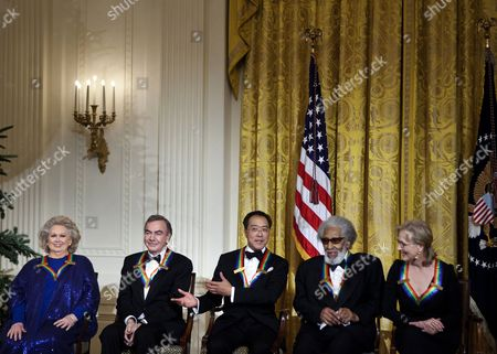From left actress Barbara Cook, singer Neil Diamond, musician Yo-Yo Ma, musician Sonny Rollins and actress Meryl Streep