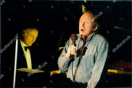 Nicol Williamson In His One Man Show At Pizza On The Park