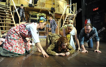 Karl Johnson as Selsdon, Celia Imrie as Dotty, Jamie Glover as Roger, Amy Nuttall as Brooke, Janie Dee as Belinda, Robert Glenister as Lloyd