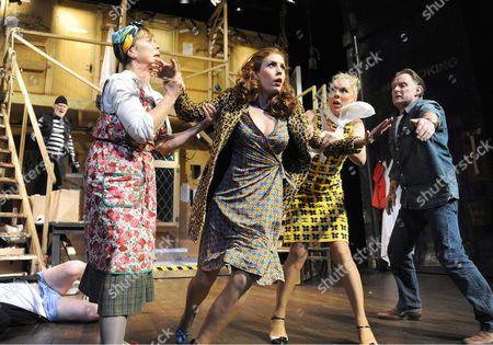 Karl Johnson as Selsdon, Celia Imrie as Dotty, Amy Nuttall as Brooke, Janie Dee as Belinda, Robert Glenister as Lloyd