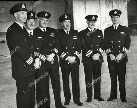 The Boac Pilots Who Fly The Queen To Fiji And Australia. L-r Capt Thomas Nisbet Capt Robert Edgar Armitage Capt James Tate Percy Capt George Percy Lace Capt Allan Andrew And Capt William Mitchell Reid