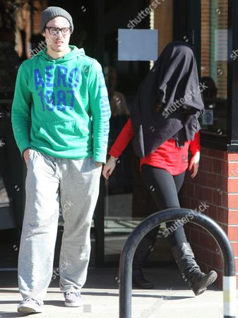 Editorial picture of Jennifer Love Hewitt out and about in Los Angeles, America - 05 Dec 2011