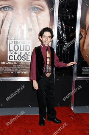 Editorial photo of 'Extremely Loud and Incredibly Close' film premiere, New York, America - 15 Dec 2011
