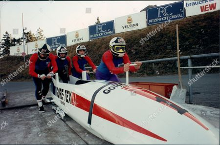 Former Sprinter Allan Wells With Parachute Regiment No 2 British Bobsleigh Team Winterberg Germany For Four-man National Championships 1990.