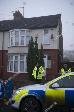Stock Image of Police Outside The Luton Home Of Bomber Taimour Abdulwahab Al-abdaly. Picture By Glenn Copus