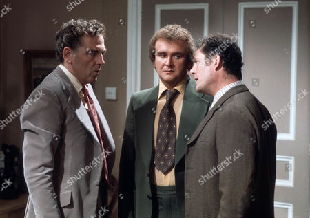 Jack Hedley as Gerald, Tony Selby as Crawford and Robert Shaw as Giles