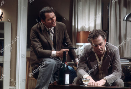 Robert Shaw as Giles and Jack Hedley as Gerald
