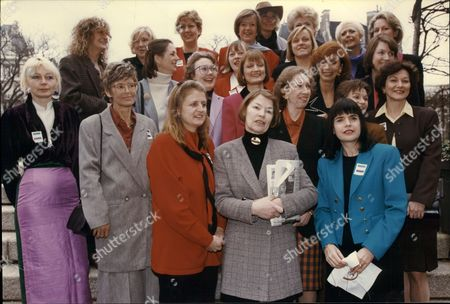 Glenda Jackson Barbara Follet Maragret Beckett Harriet Harman And Mo Mowlam With Labour Party Women Mps Campaigning To Increase Number Of Women Mps In House Of Commons 1993.