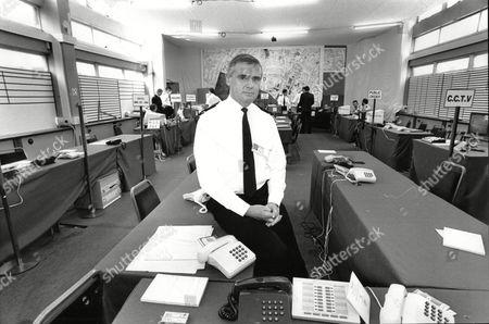 Conservative Party Conference Security In Brighton 1988 Chief Super David Tomlinson In Police Control Room