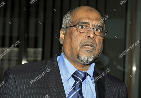 Trial Of Abul And Ashraf Azad Charged With Threats To Kill Abul's Daughter Afshan Azad A Child Actress On The Harry Potter Movies. pictured Father Abul Azad.  20/12/10