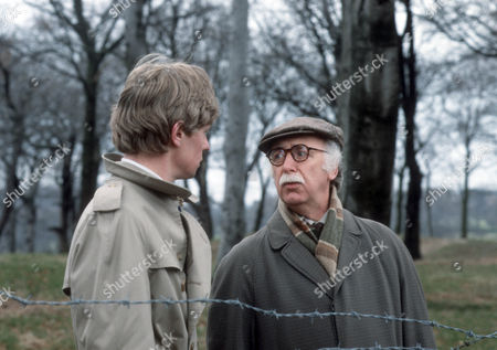 Stock Photo of Dominic Jephcott as DS Hobson and Keith Marsh as Harry